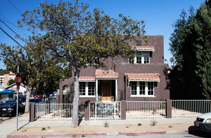 SOLD: 4901 Lincoln Avenue, Los Angeles